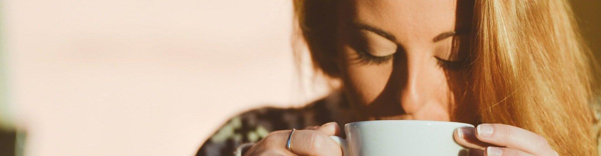 Kawa z mlekiem przełomowa hostoria